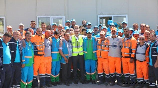"""Başkan Kartoğlu işçilerle """"1 Mayıs"""" yemeğinde buluştu"""