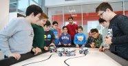 LEGOLARDAN ROBOT YAPTILAR